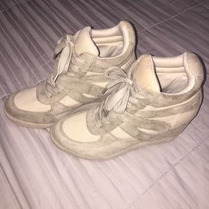 American Eagle Sneaker Wedge Shoes